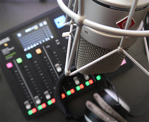 Photograph of a RODEcaster and microphone